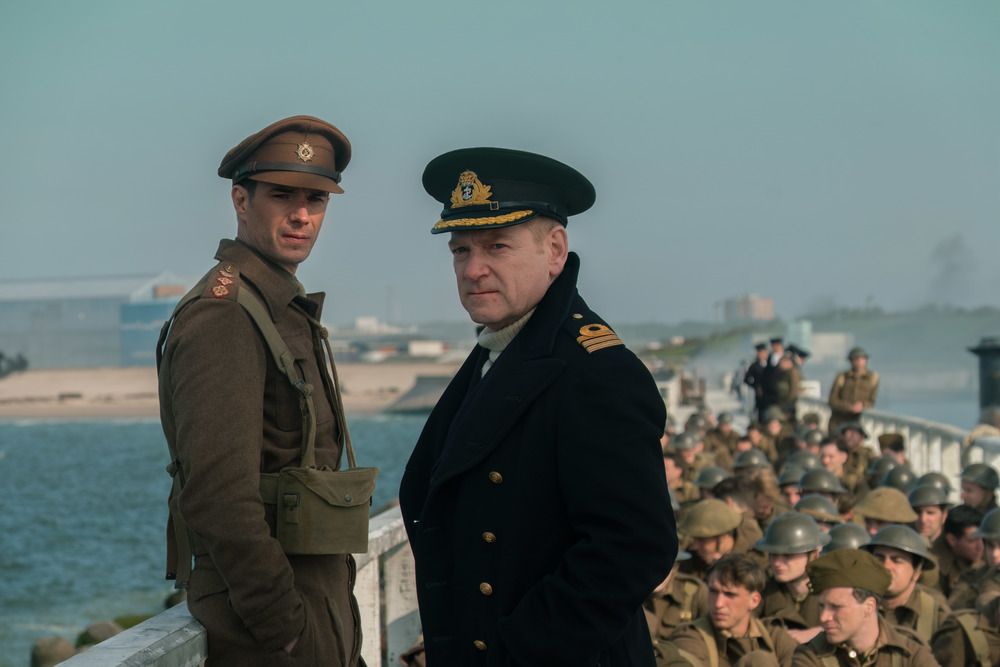 Dunkirk: James D'Arcy e Kenneth Branagh in una scena del film