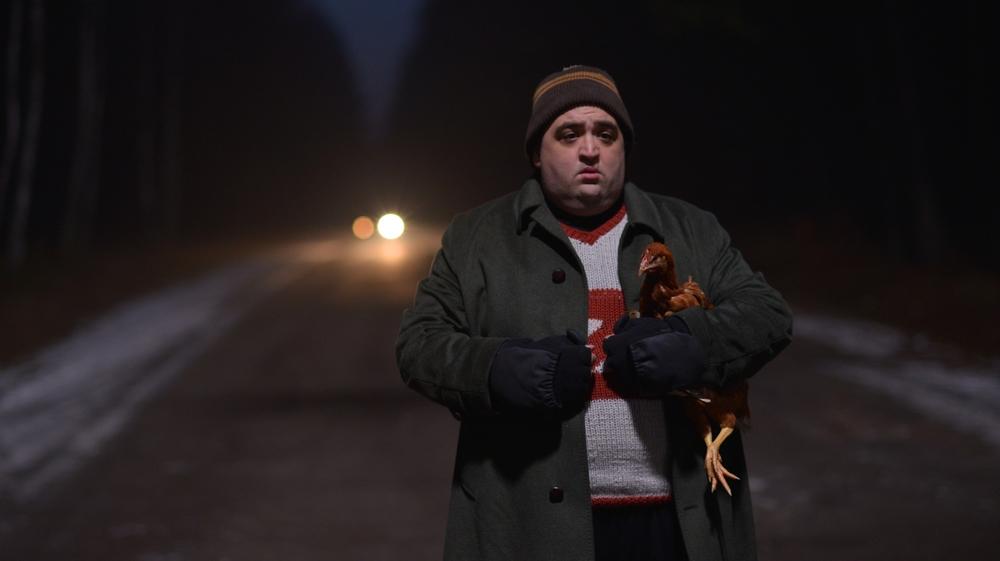 Easy - Un viaggio facile facile: Nicola Nocella in una scena del film