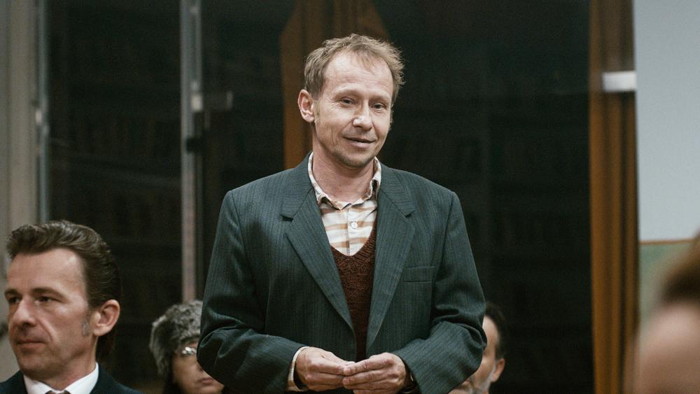 The Teacher: Ondrej Malý in una scena del film