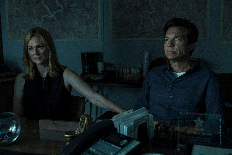Ozark: Laura Linney in una scena della prima stagione