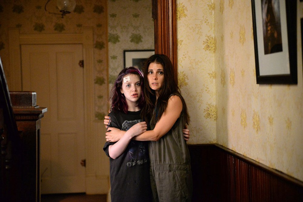 The Devil's Candy: Kiara Glasco e Shiri Appleby in una scena del film