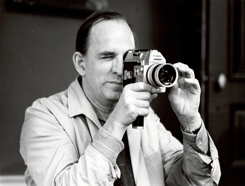 Un'immagine di Ingmar Bergman sul set