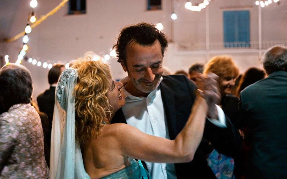 Sette giorni: Linda Olsansky e Bruno Todeschini in un'immagine del film