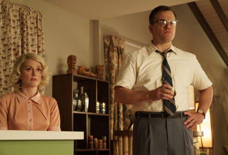 Suburbicon: Julianne Moore e Matt Damon in una foto del film
