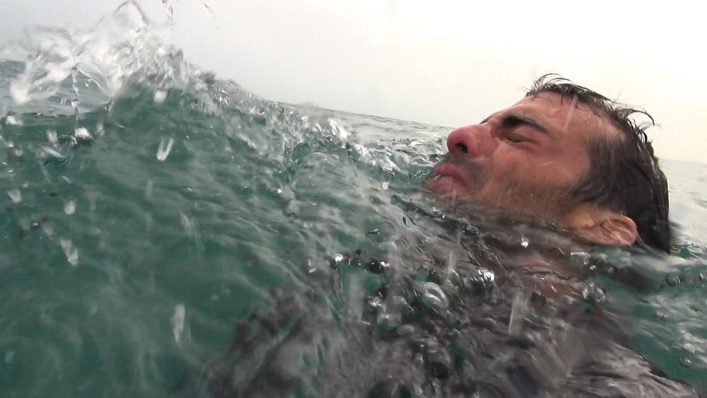 Open Water 3: un momento concitato del film