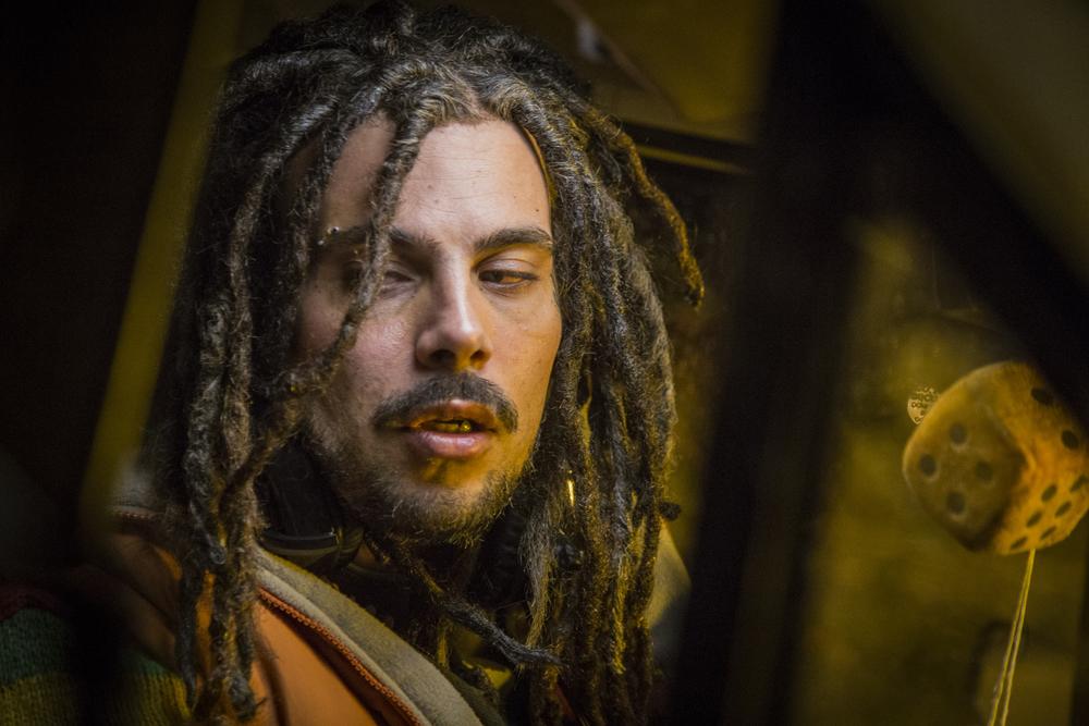 Brutti e cattivi: Marco D'Amore in una scena del film