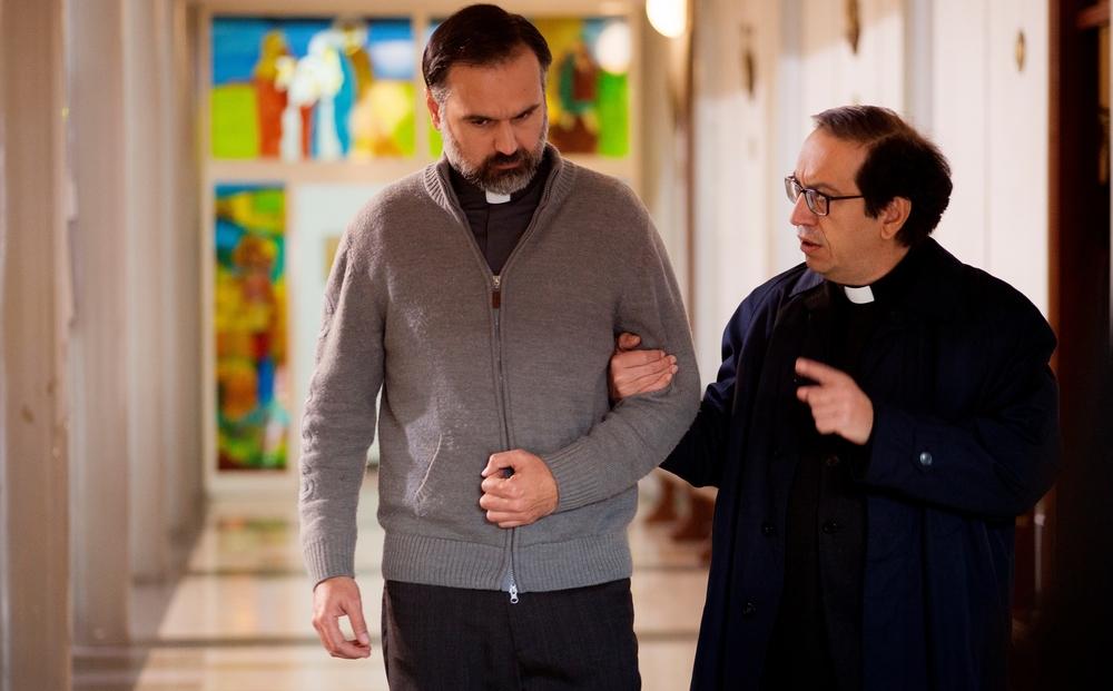 L'equilibrio: Mimmo Borrelli e Roberto Del Gaudio in una scena del film