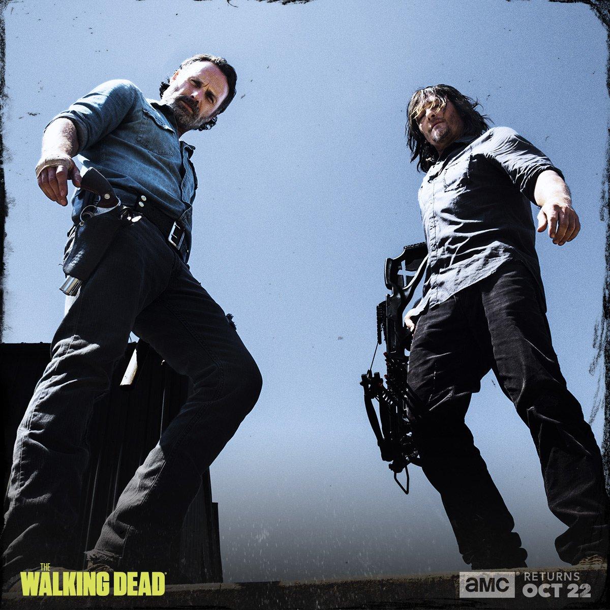 The Walking Dead: Andrew Lincoln e Norman Reedus in una foto promozionale