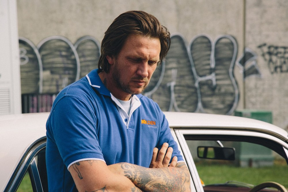 West of Sunshine: Damian Hill in una scena del film
