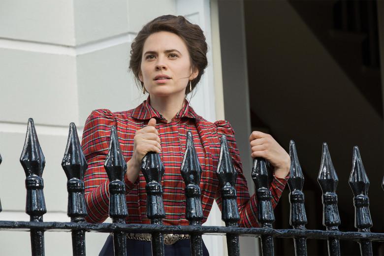 Howard's End: Hayley Atwell in una foto della miniserie