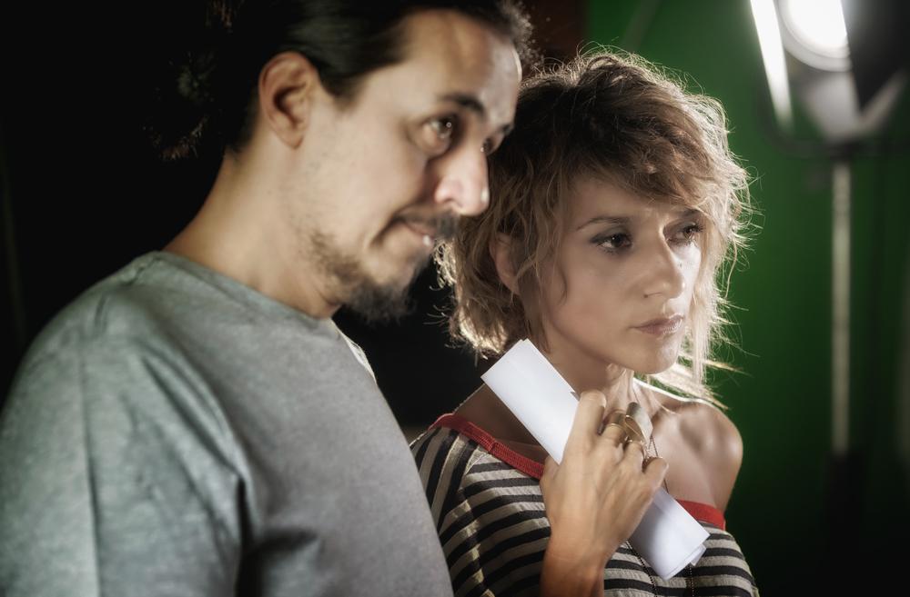 Il cratere: i registi Luca Bellino e Silvia Luzi sul set del film