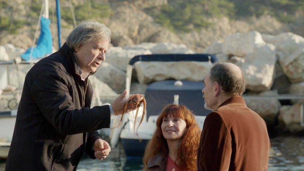La Villa: Robinson Stévenin, Ariane Ascaride e Jean-Pierre Darroussin in un'immagine del film
