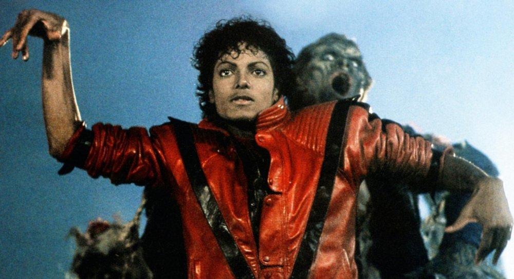 Thriller: Michael Jackson in un'immagine tratta dal videoclip