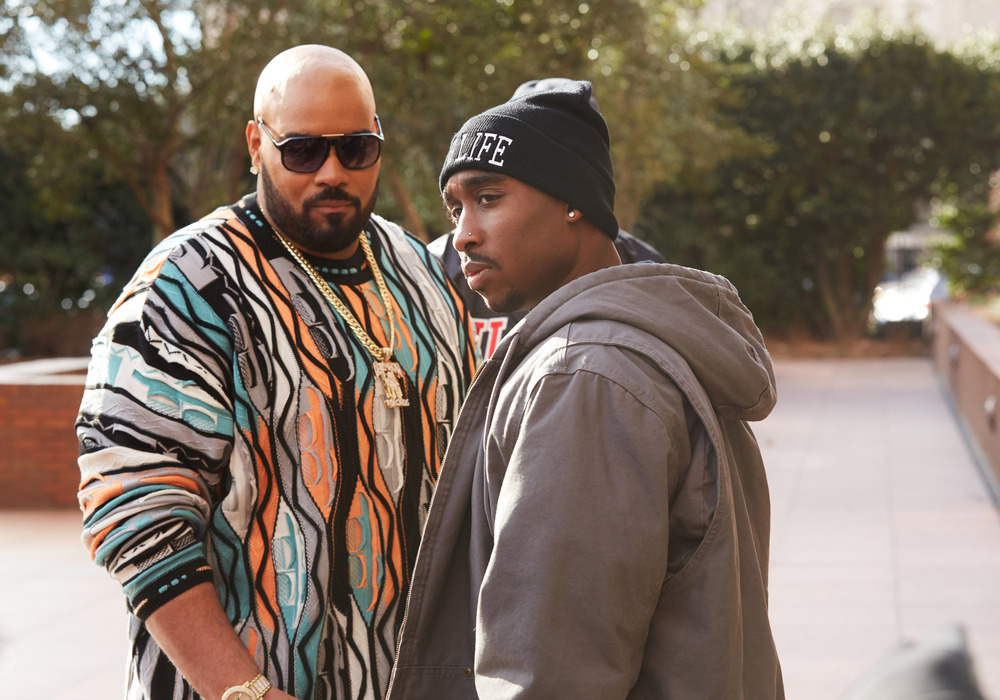 All Eyez on Me: Demetrius Shipp Jr. e Dominic L. Santana in un'immagine del film