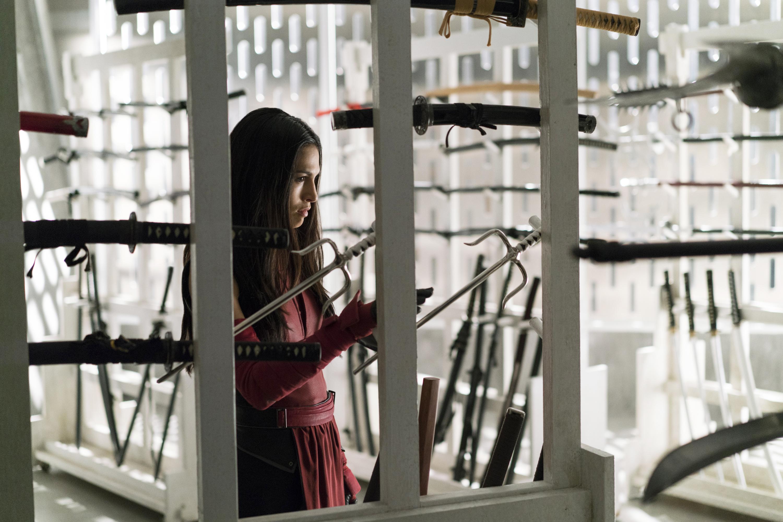 The Defenders: Elodie Yung durante una scena