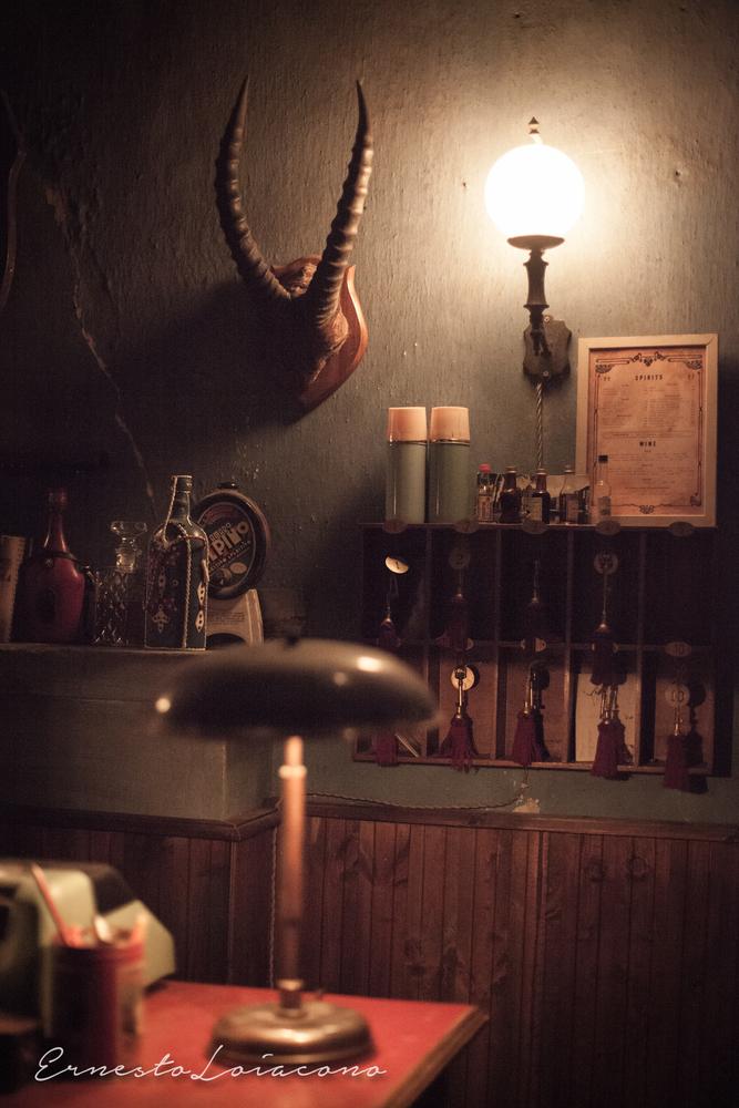 The Millionairs: un'immagine dal set del cortometraggio di Claudio Santamaria