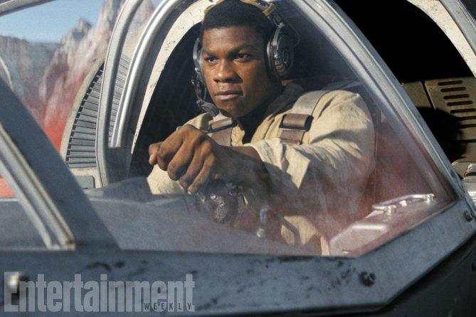 Star Wars: Gli ultimi Jedi, John Boyega in una foto del film