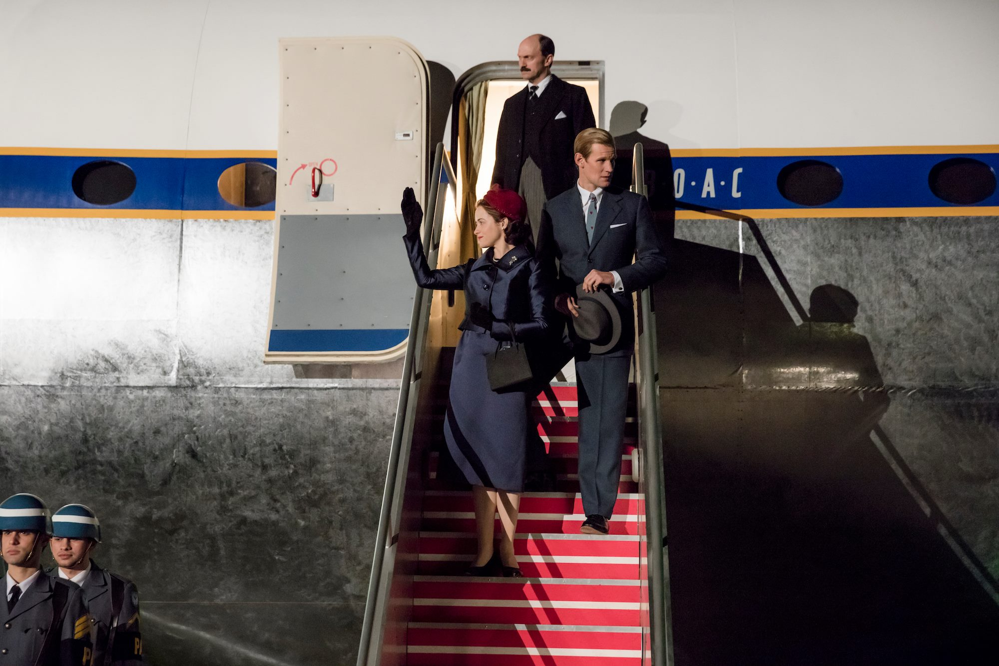 The Crown: Matt Smith e Claire Foy in una foto della seconda stagione