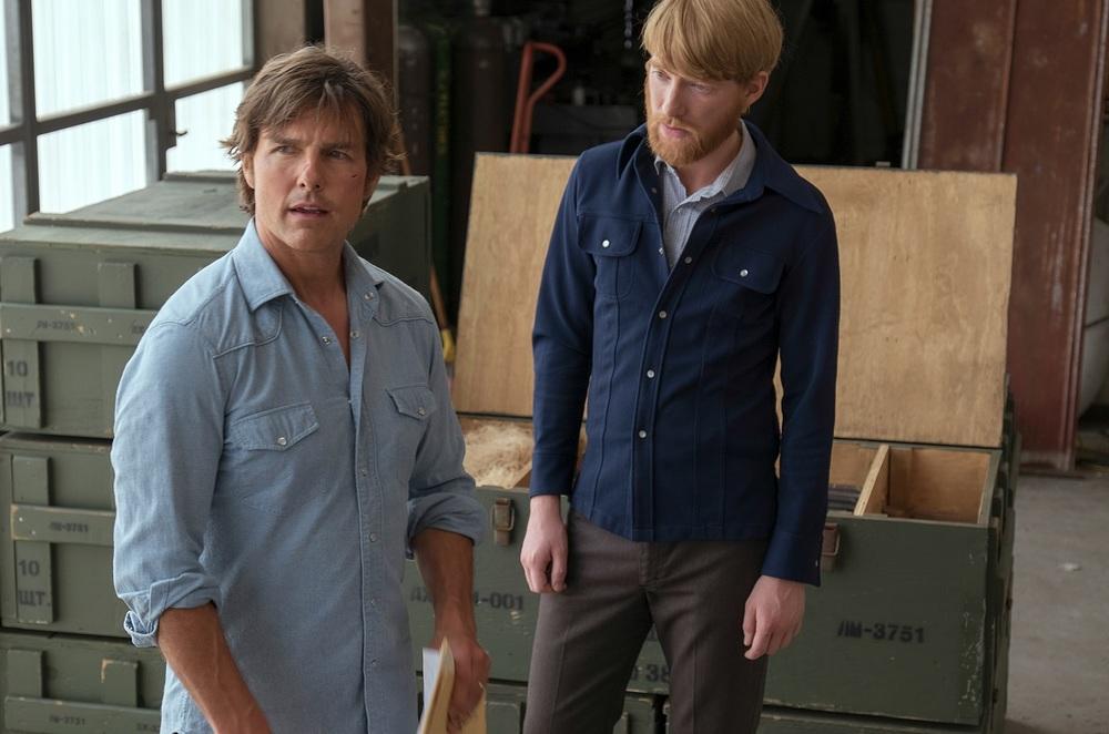 Barry Seal - Una storia americana: Tom Cruise e Domhnall Gleeson in un momento del film