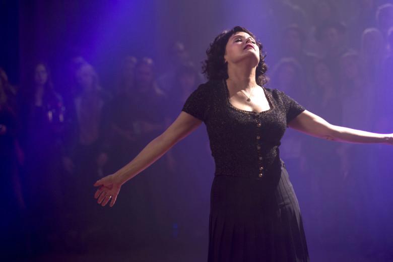 I segreti di Twin Peaks: Sherilyn Fenn danza al roadhouse