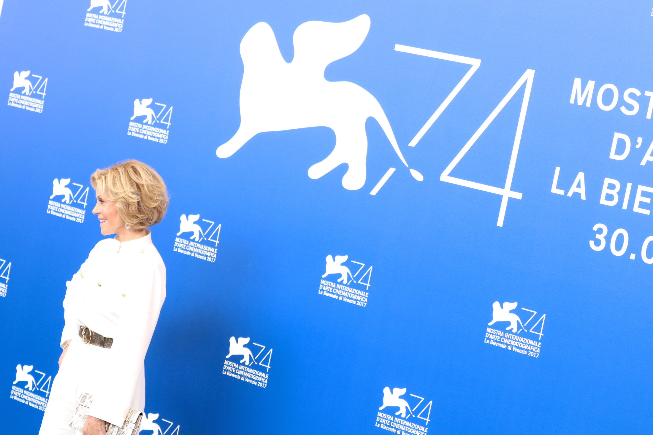 Venezia 2017: la bellissima Jane Fonda al photocall di Our Souls at Night