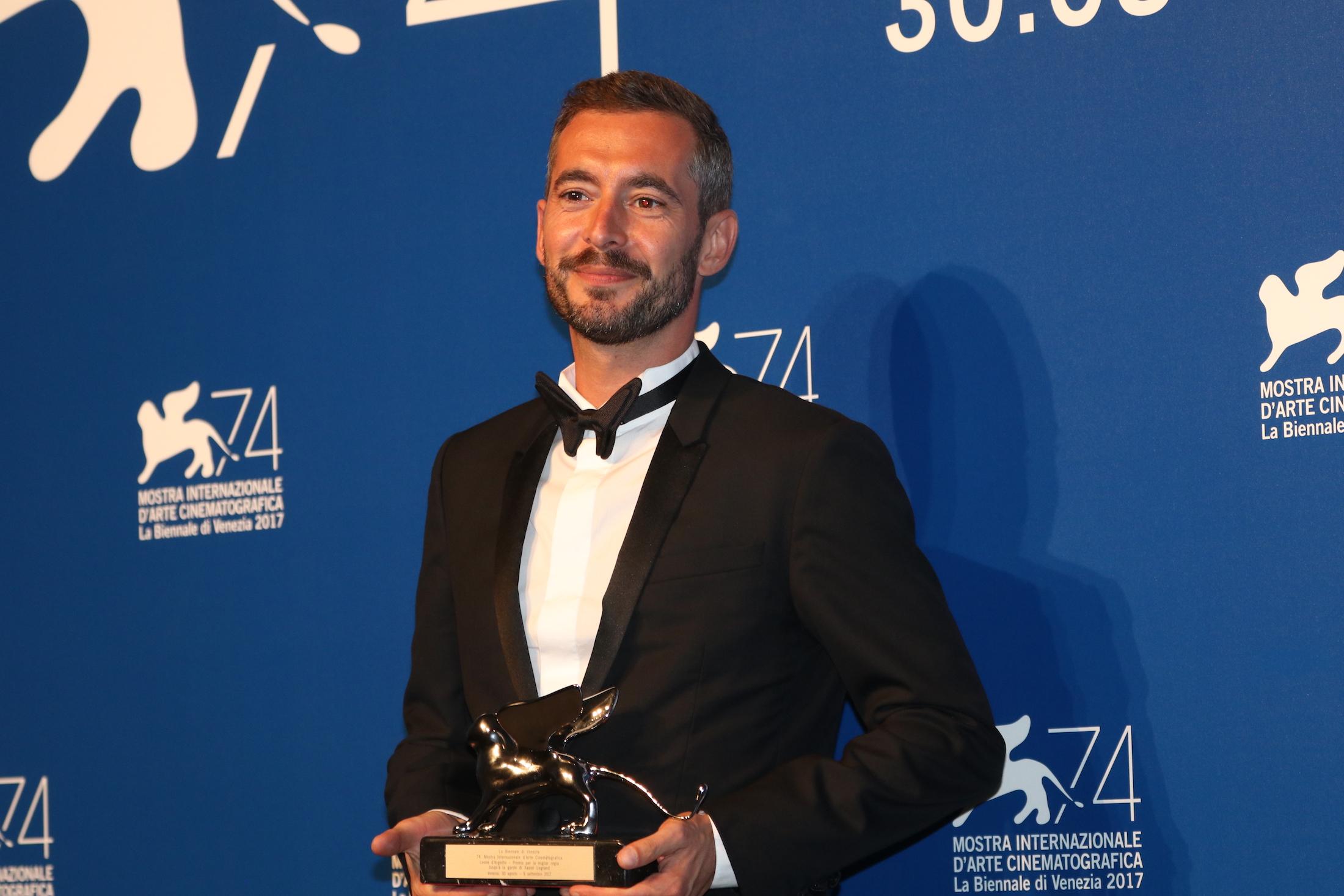 Venezia 2017: uno scatto di Xavier Legrand al photocall dei premiati