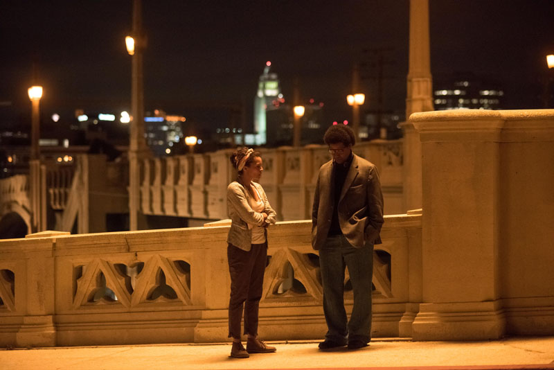 Roman J. Israel, Esq.: Denzel Washington e Carmen Ejogo in una scena