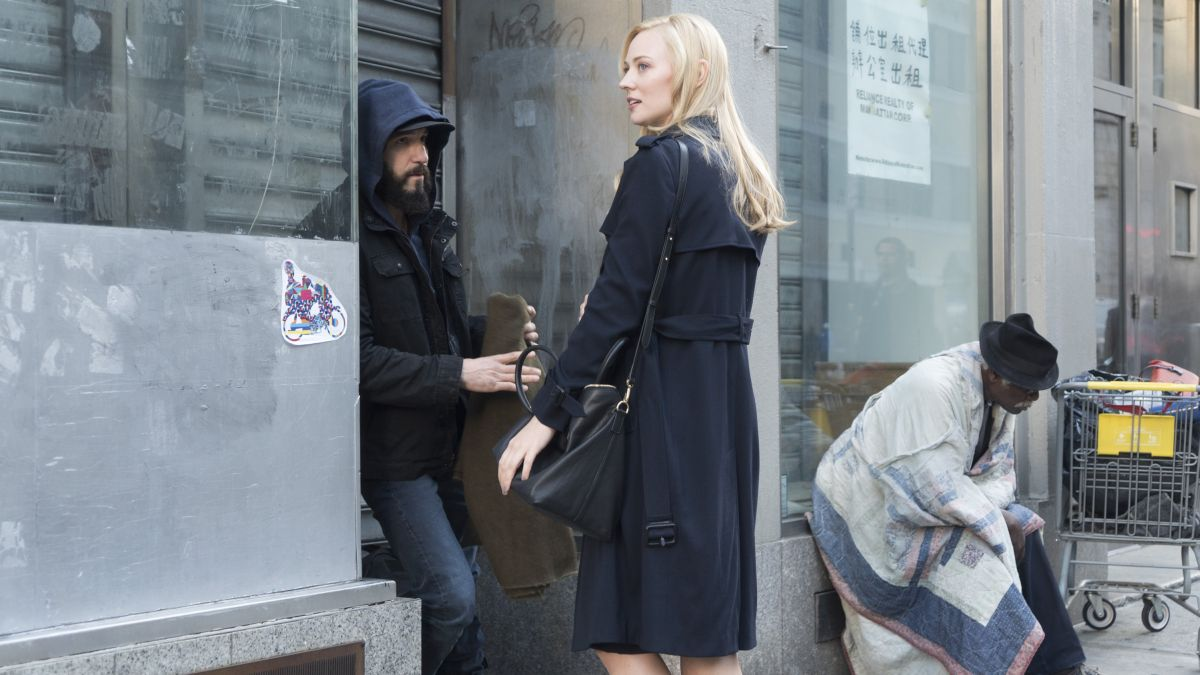 The Punisher: Jon Bernthal e Deborah Ann Woll in una foto della serie
