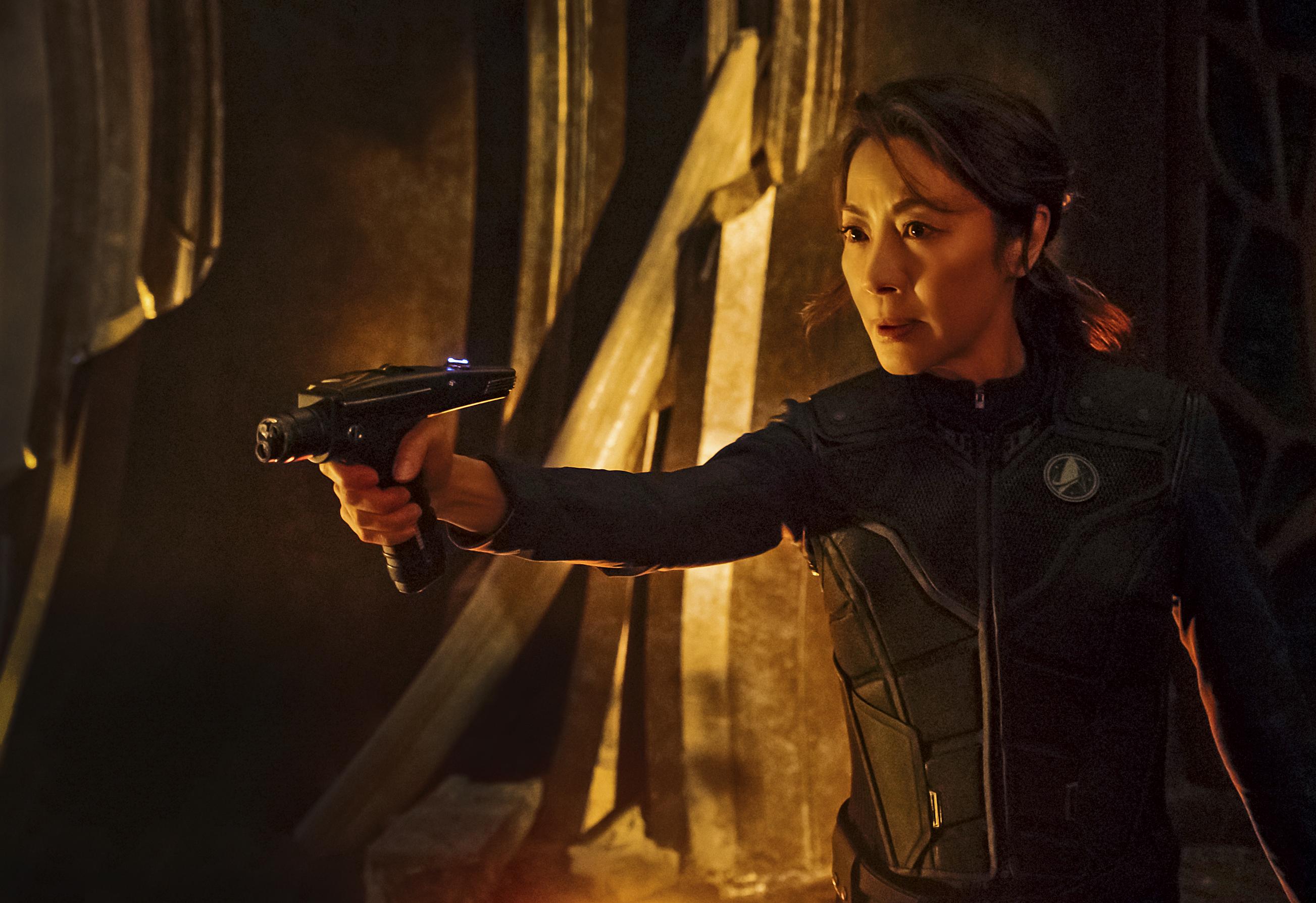 Star Trek: Discovery, una scena d'azione con Michelle Yeoh