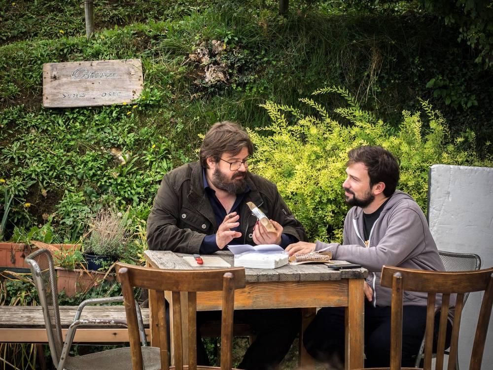 Finché c'è prosecco c'è speranza: Giuseppe Battiston e Antonio Padovan in una scena del film