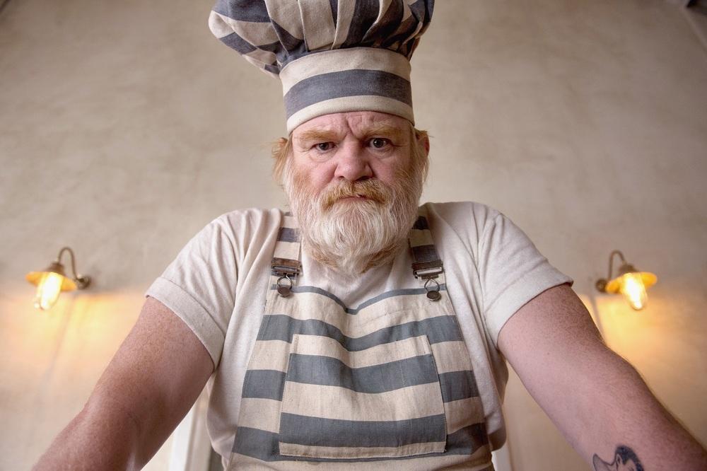 Paddington 2: Brendan Gleeson in un'immagine promozionale