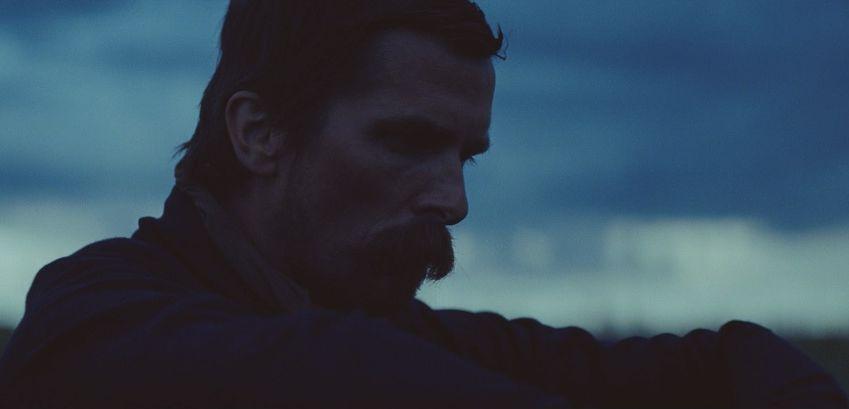 Hostiles: un primo piano di Christian Bale
