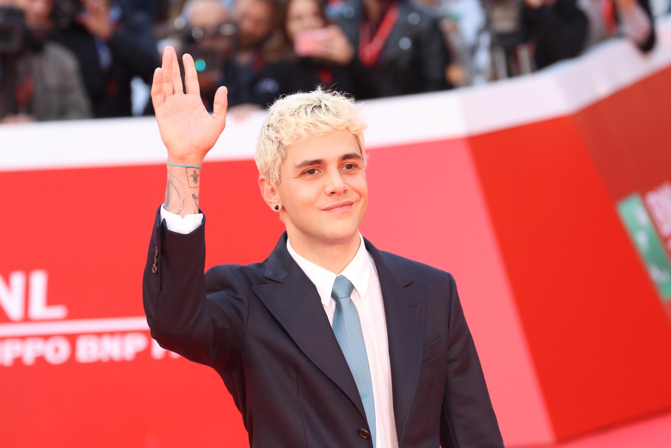 Roma 2017: Xavier Dolan saluta sul red carpet