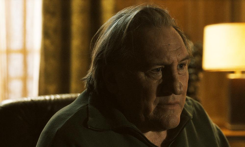 Let the Sunshine In: Gérard Depardieu in una scena del film