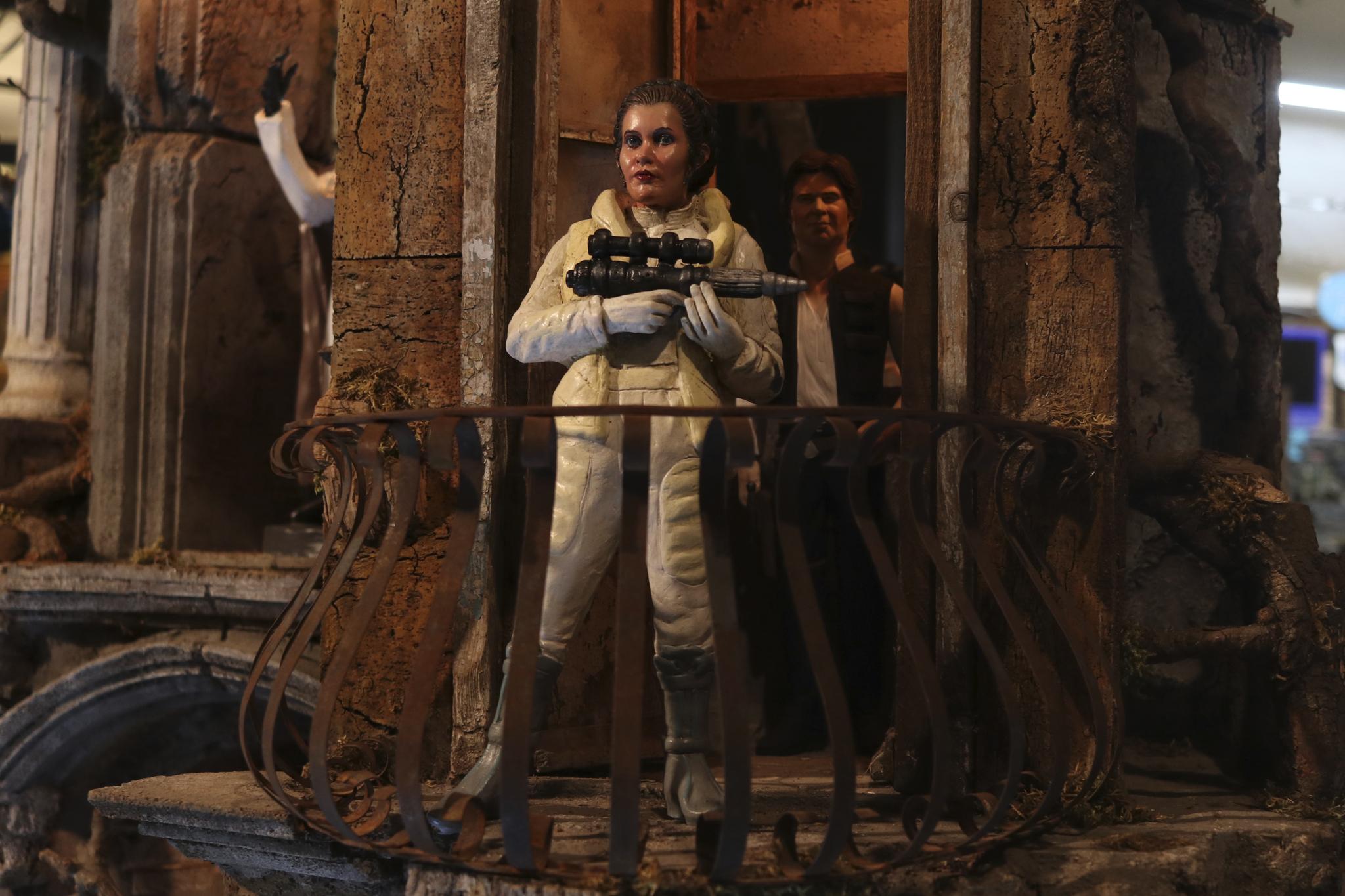 Star Wars: Gli ultimi Jedi, Leia in una foto del presepe ispirato al film