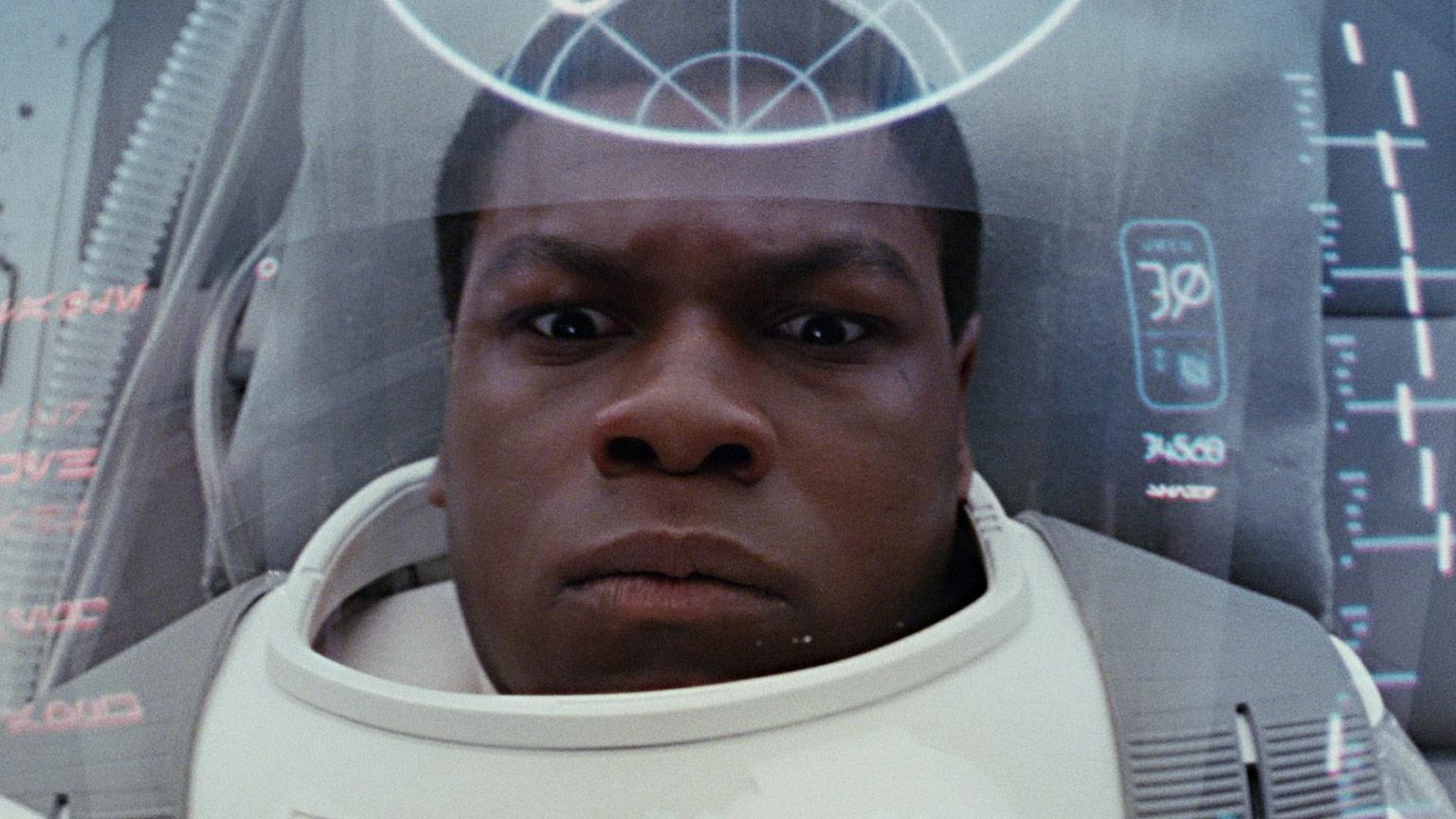 Star Wars: Gli ultimi Jedi: un primo piano di John Boyega
