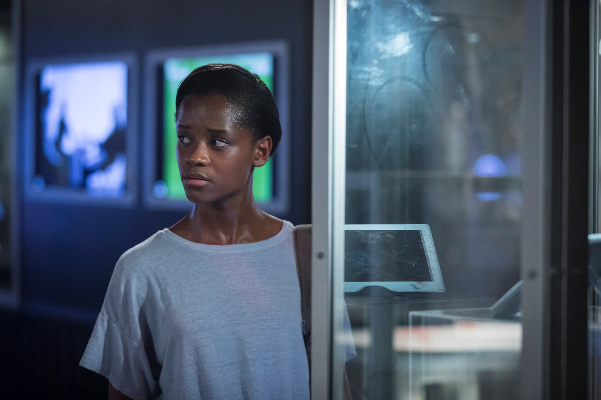 Black Mirror: Letitia Wright in una scena dell'episodio Black Museum