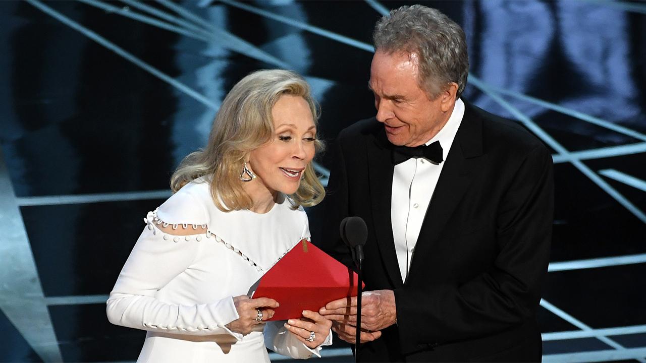 Warren Beatty e Faye Dunaway agli Oscar 2017