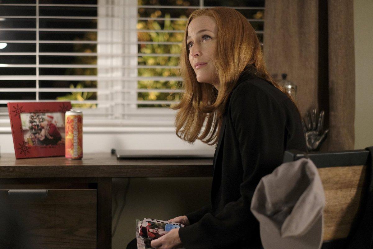 X-Files: Gillian Anderson in una scena dell'episodio Ghouli