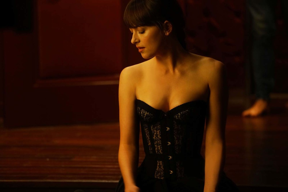 Cinquanta sfumature di rosso: Dakota Johnson in una scena del film