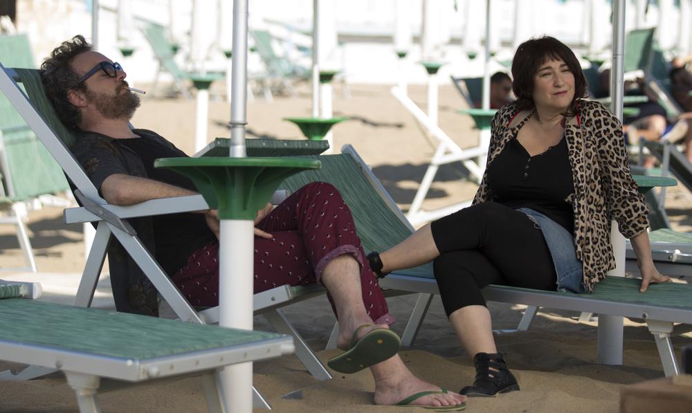 Vengo anch'io: Corrado Nuzzo e Maria Di Biase in un momento del film