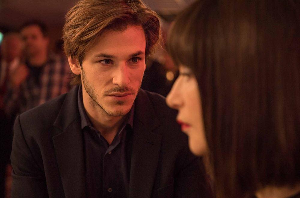 Eva: Gaspard Ulliel e Isabelle Huppert in una scena del film
