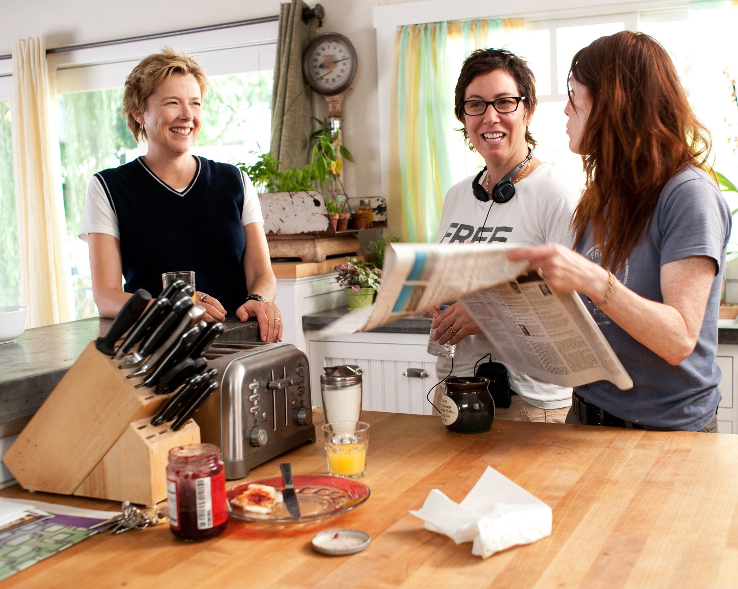 I ragazzi stanno bene: Annette Bening, Julianne Moore e la regista Lisa Cholodenko sul set del film