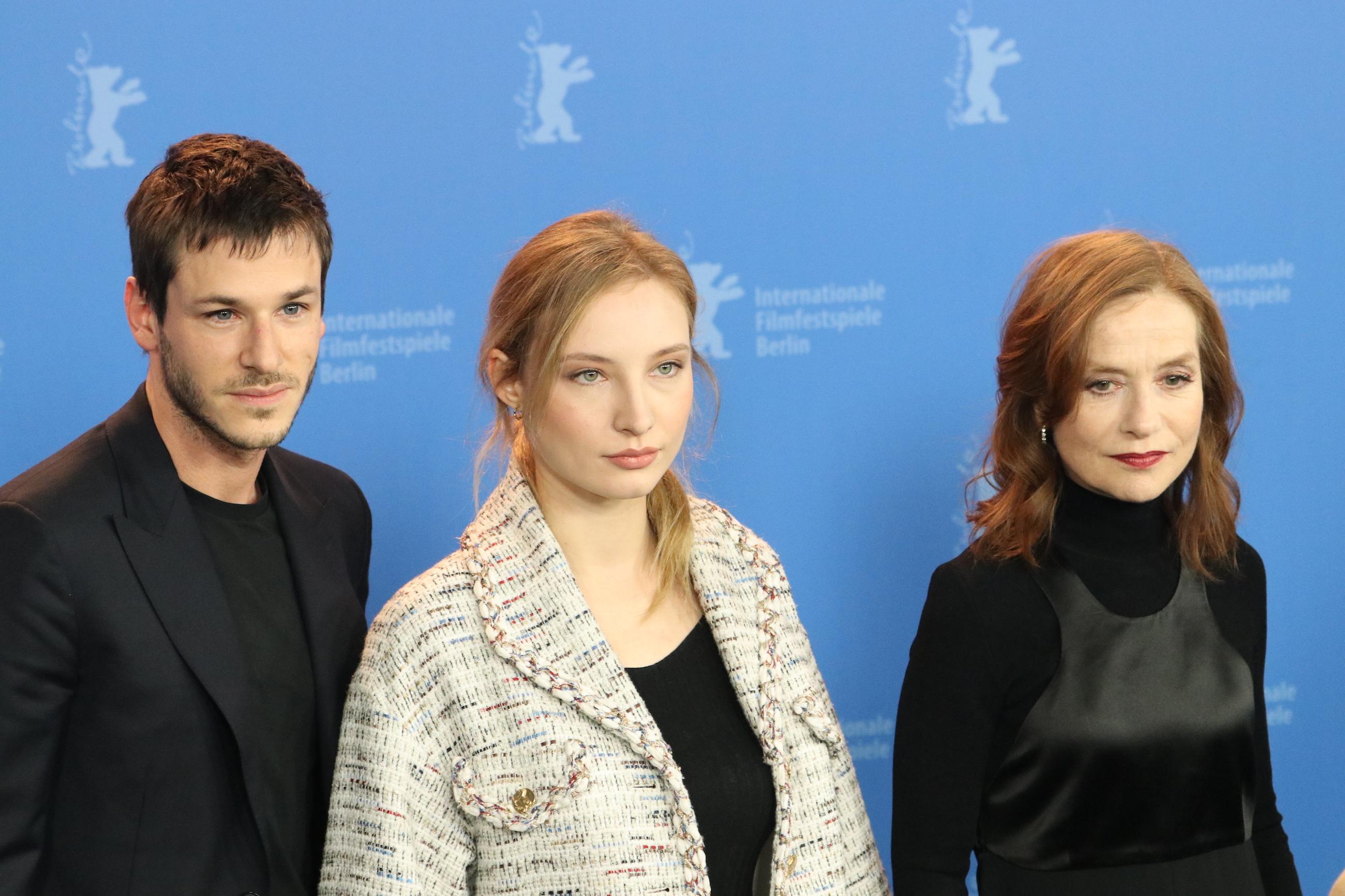 Berlino 2018: Isabelle Huppert, Gaspard Ulliel e Julia Roy al photocall di Eva