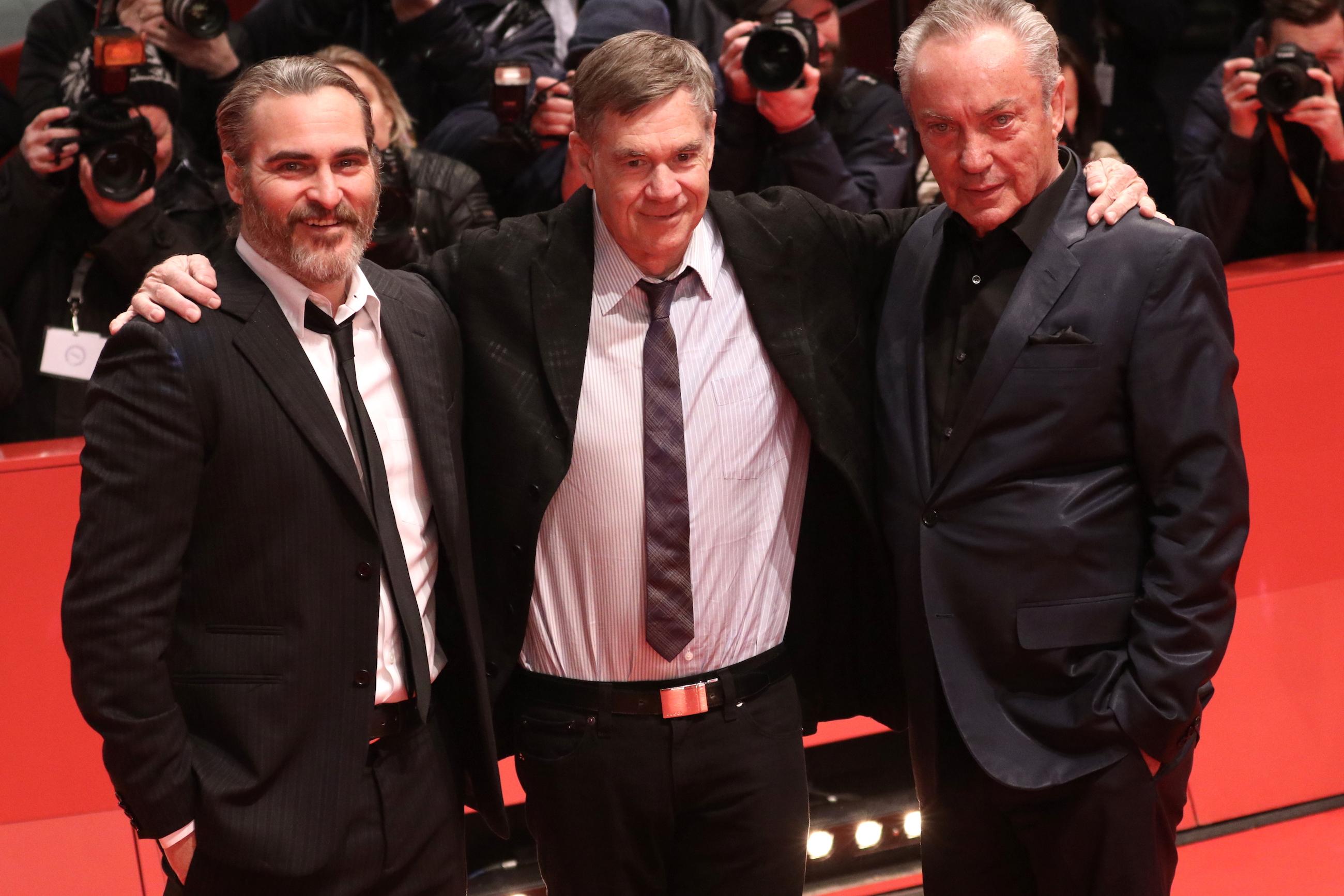 Berlino 2018: Joaquin Phoenix, Gus Van Sant, Udo Kier sul red carpet di Don't Worry, He Won't Get Far On Foot