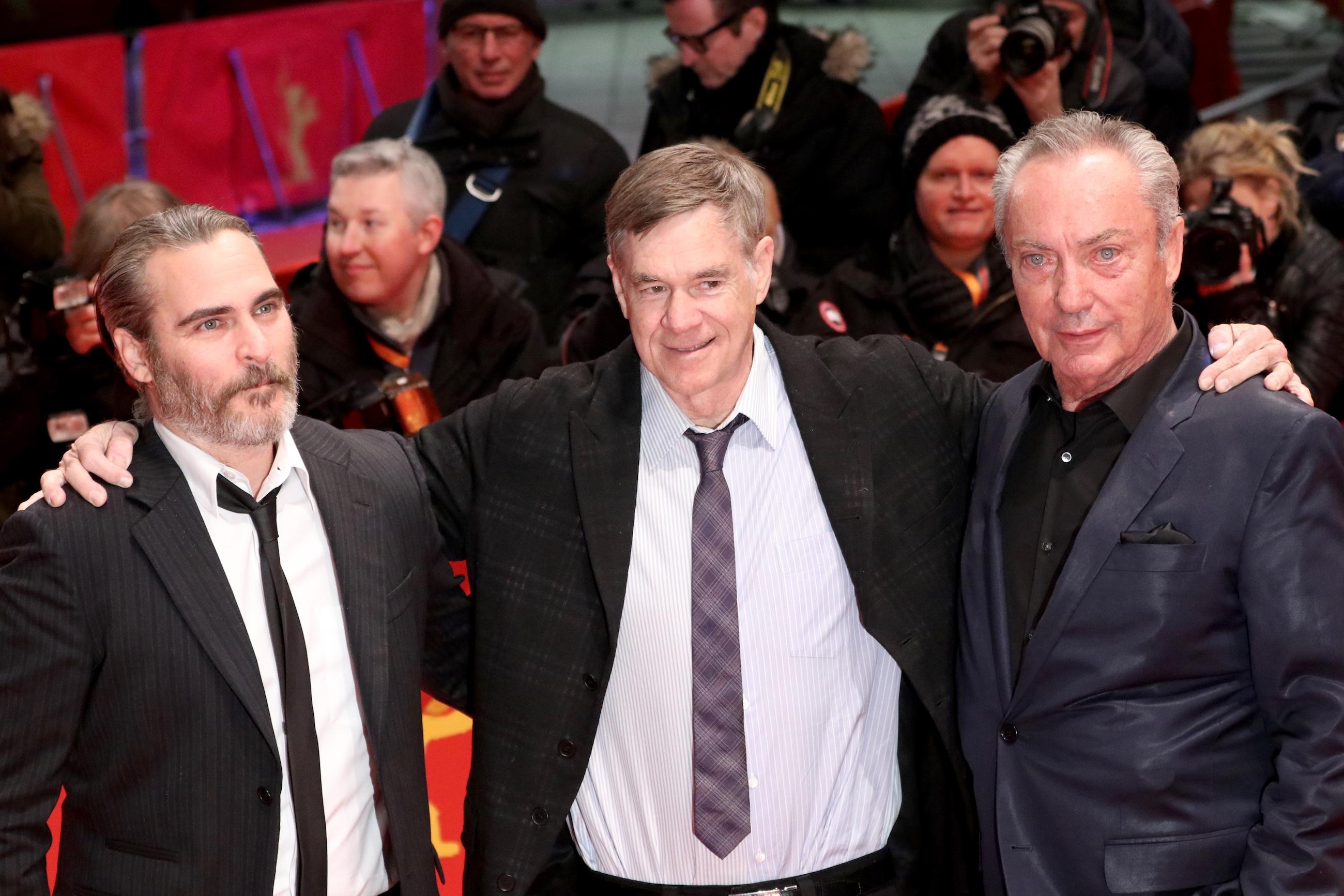 Berlino 2018: Joaquin Phoenix, Gus Van Sant e Udo Kier sul red carpet di Don't Worry, He Won't Get Far On Foot