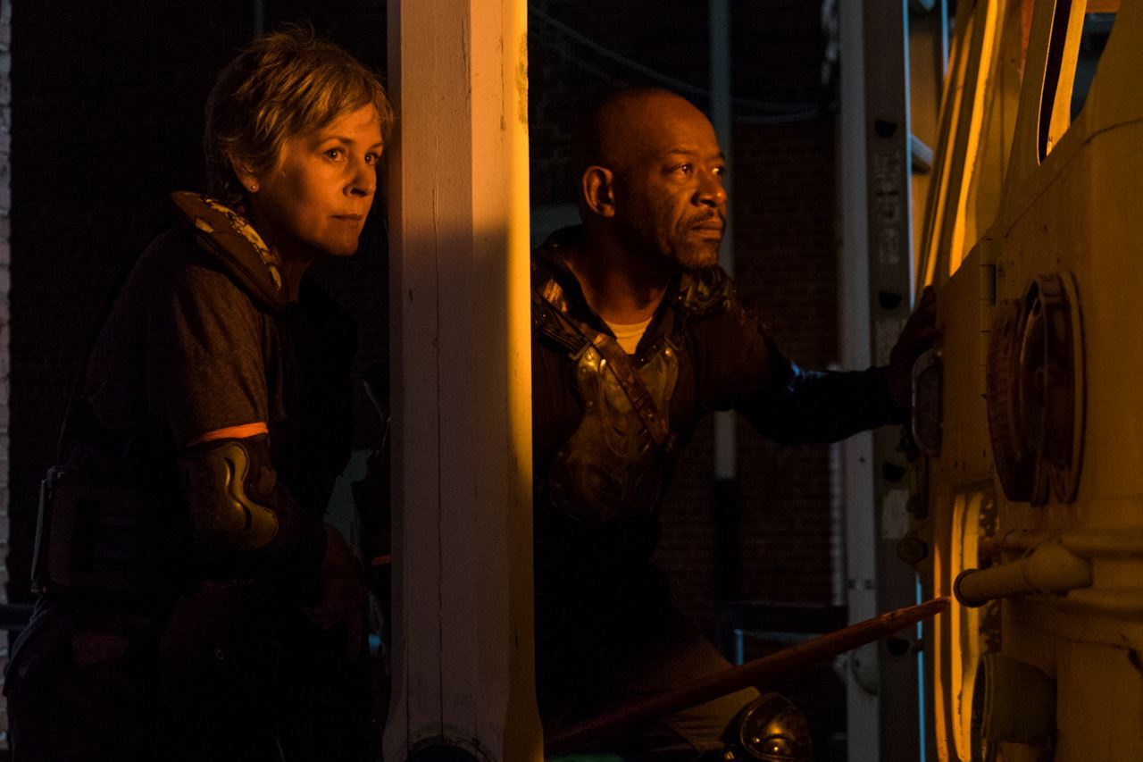 The Walking Dead: Lennie James e Melissa McBride in una scena dell'episodio Honor
