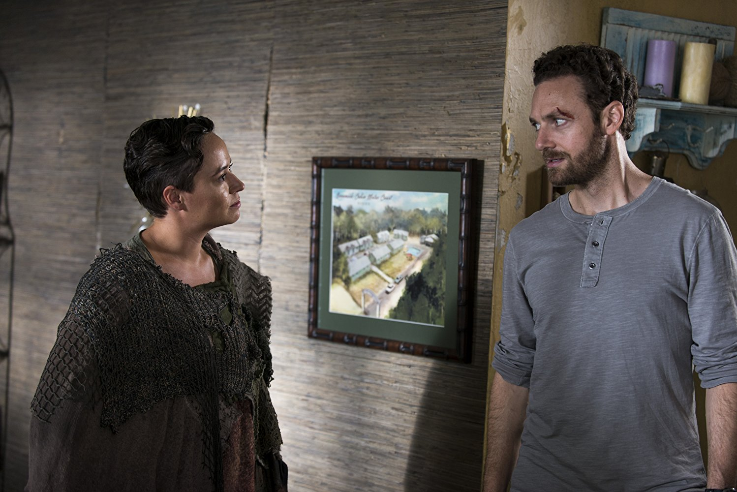The Walking Dead: Briana Venskus e Ross Marquand nell'episodio The Lost and the Plunderers