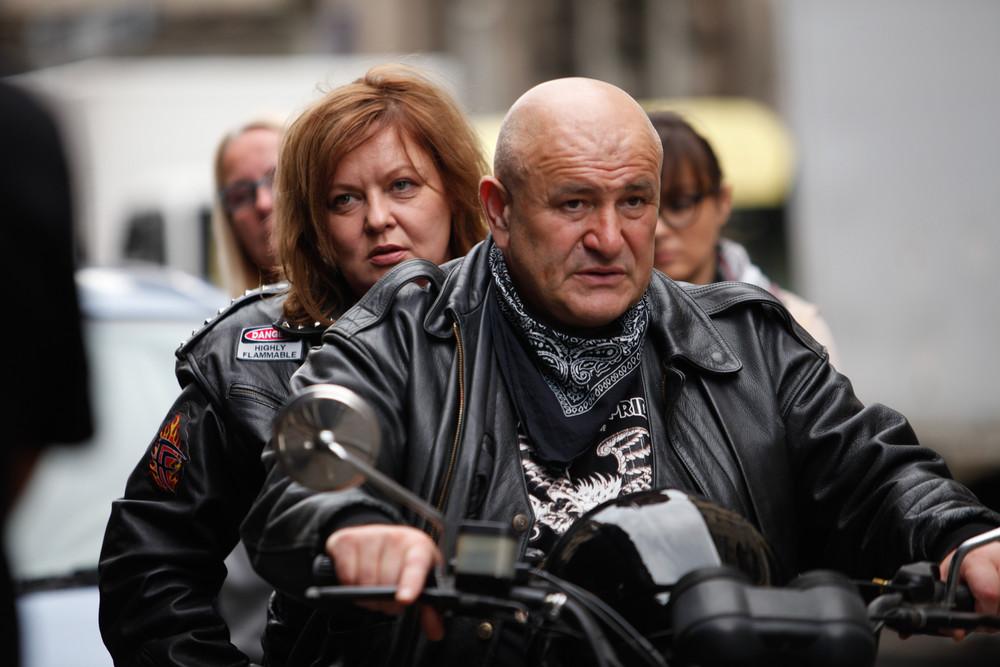 The Constitution - Due insolite storie d'amore: Nebojsa Glogovac e Dejan Acimovic in un momento del film