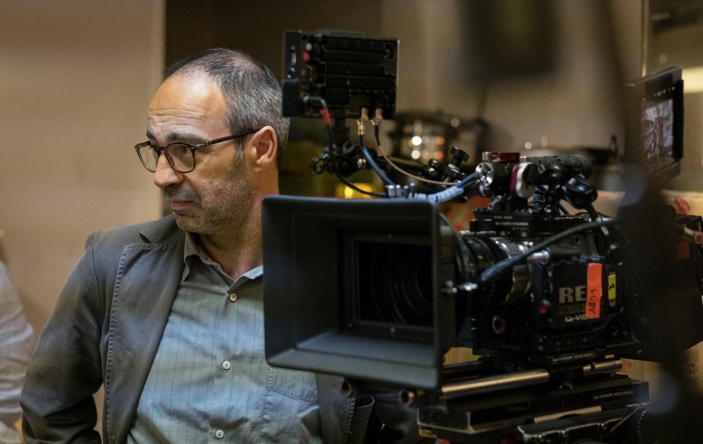 Il Miracolo: Niccolò Ammaniti in un'immagine dal set